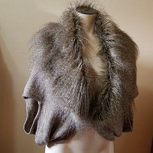 R. CACHE Faux Fur Wrap